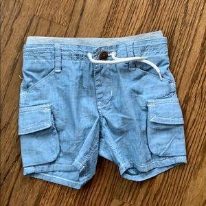 Gap 12-18 M shorts